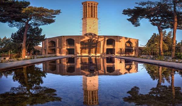 باغ دولتآباد یزد - بلندترین بادگیر خشتی جهان