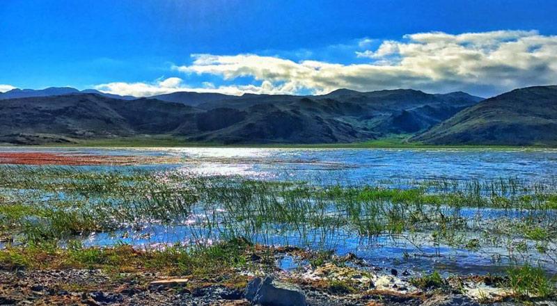 نامگذاری دریاچه نئور